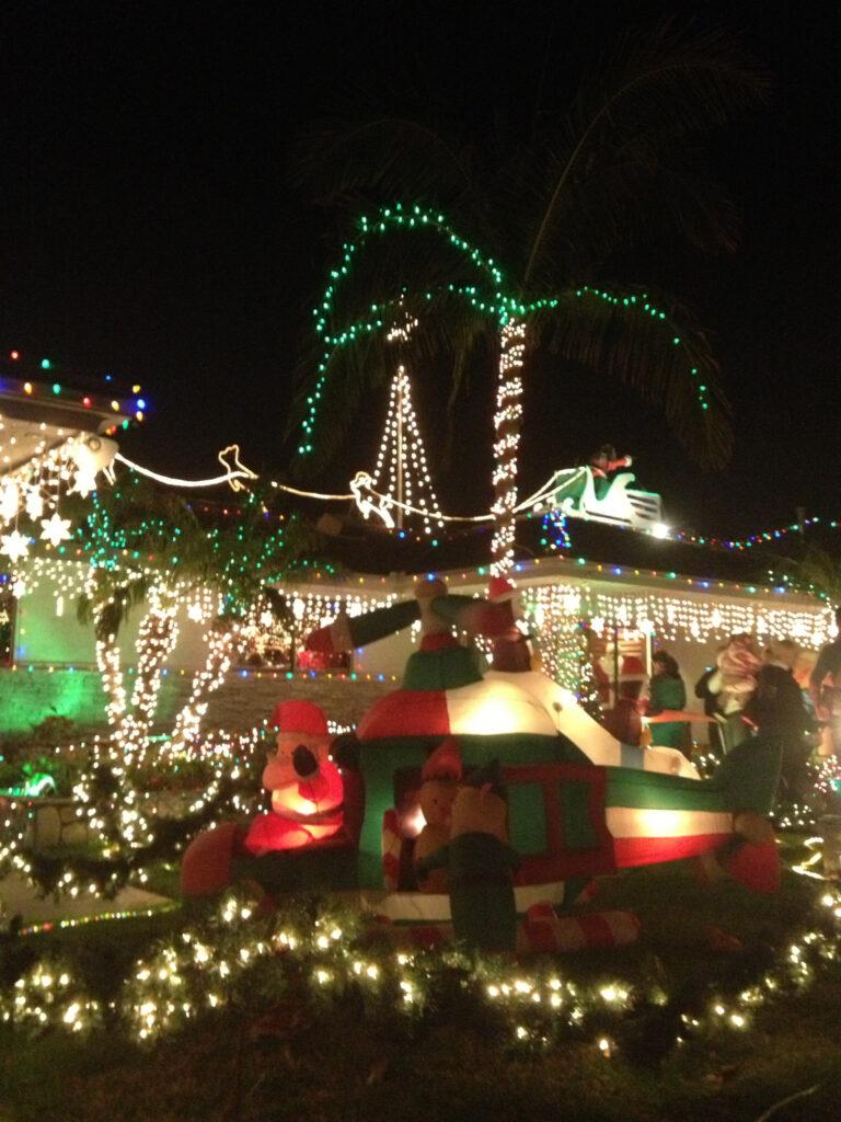 bridgeworthy garrison street christmas lights display in point loma coronado times