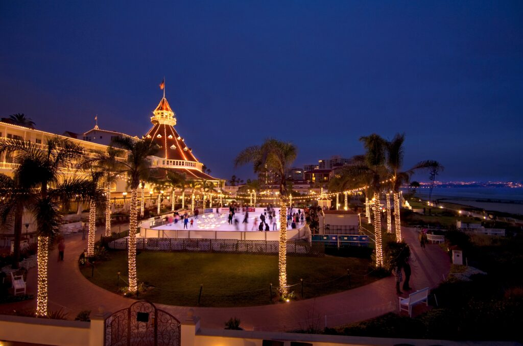 Hotel Del Coronado Unveils New Holiday Tradition Of