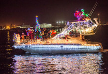 holiday parade of lights boat