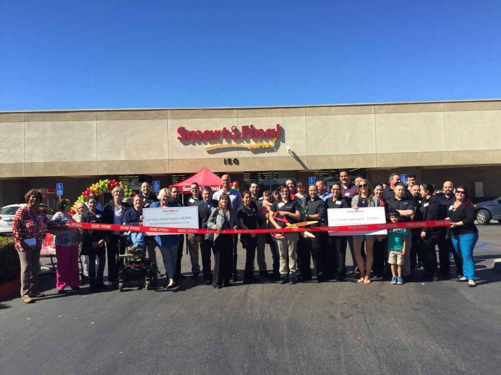 Smart and Final grand opening