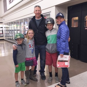 The Riebe family (Pete, Liz, Wyatt, Quinn, and George) made a family outing together to check out the new Smart & Final Extra! before the kids headed off to school.