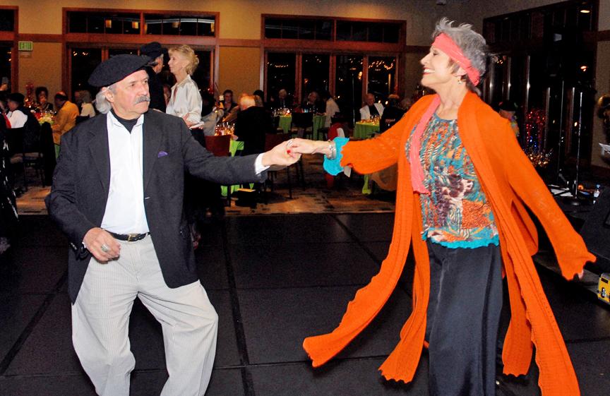 StDenis.Dancing
