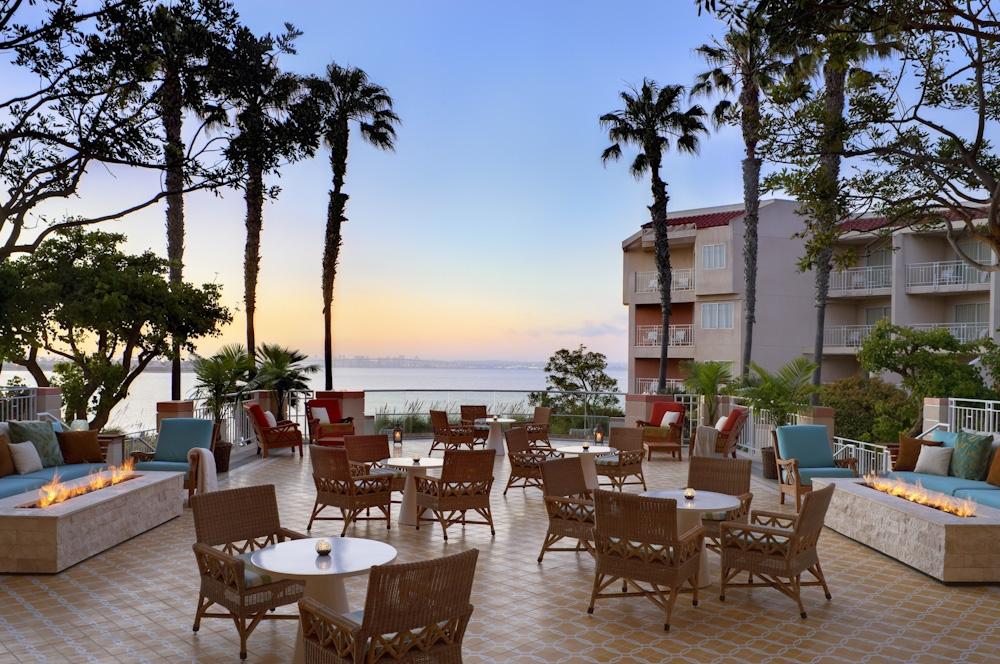 Bay sessions coronado coronado hotels coronado vacations for Movie schedule terraces