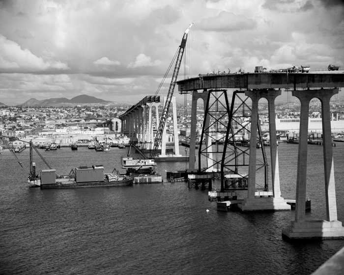 Cranes build san diego-coronado bay bridge 1969