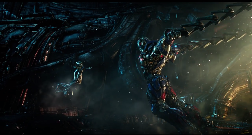 Optimus Prime meets Quintessa, from trailer.