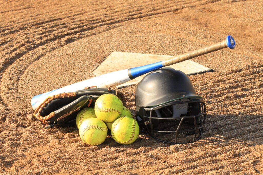 GCMS softball wins 11-5 over Lexington/Ridgeview