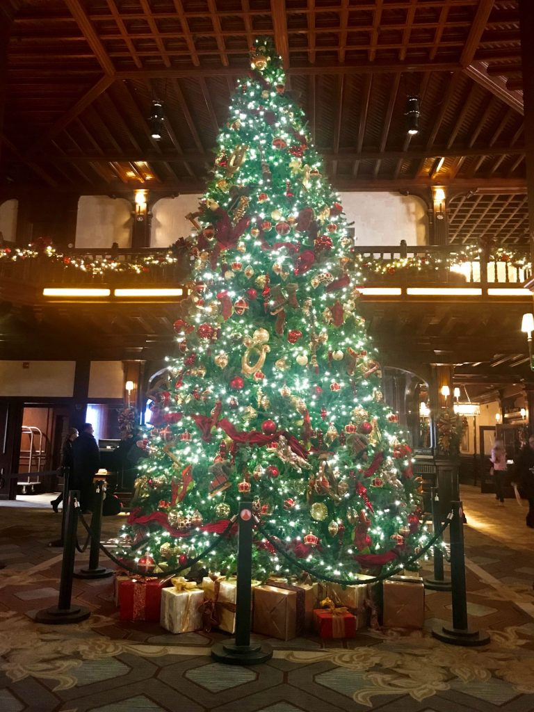 Hotel Del Christmas Tree 2018