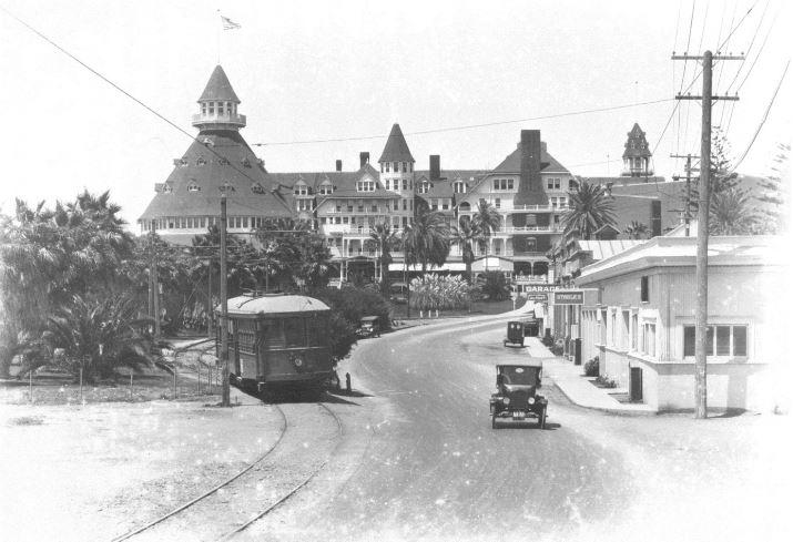 Hotel Del circa 1920