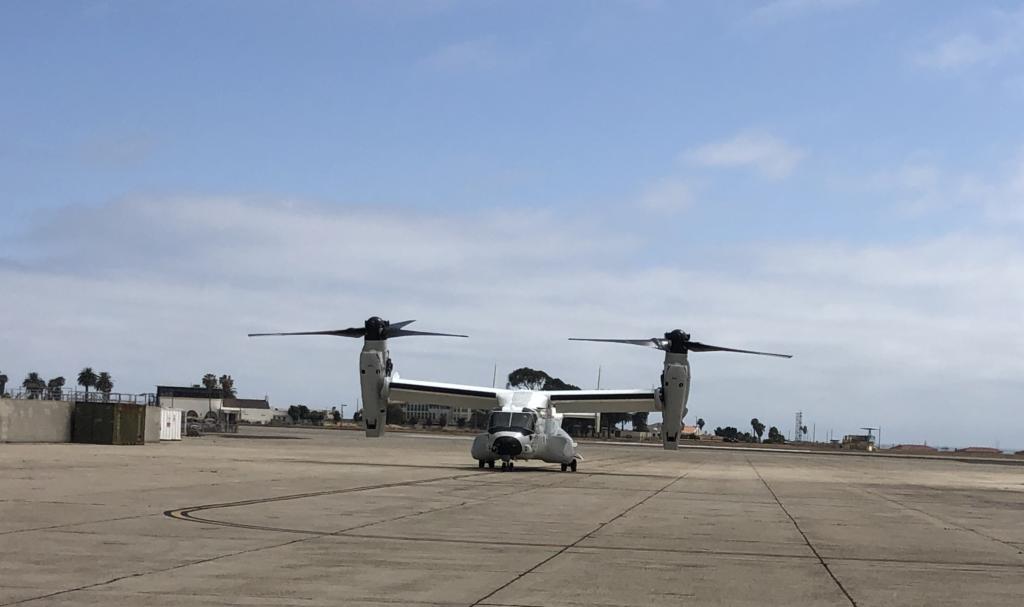 The CMV-22B Osprey arrives at NASNI.
