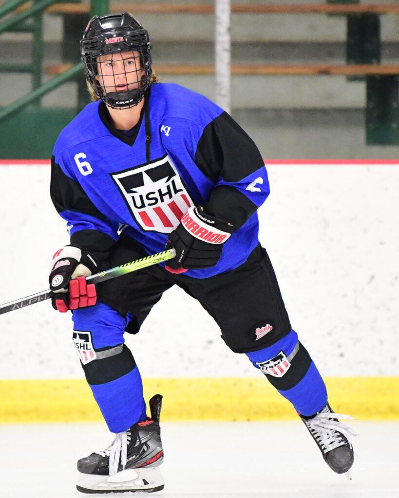 Carter Grimes, ice hockey