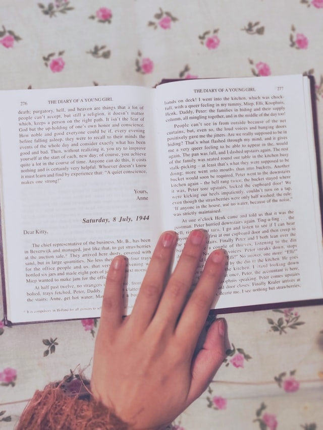 The Diary of Anne Frank by Dessidre Fleming on Unsplash